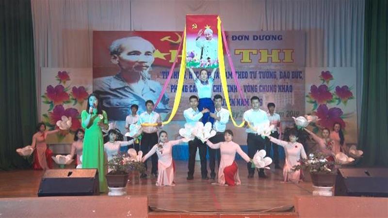 """Hội thi """"Tìm hiểu, học tập và làm theo tư tưởng, đạo đức, phong cách Hồ Chí Minh"""""""